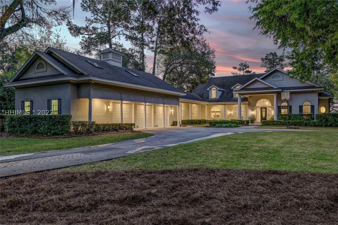 Single Family Homes for Sale at 58 Widewater Road Hilton Head Island, South Carolina 29926 United States