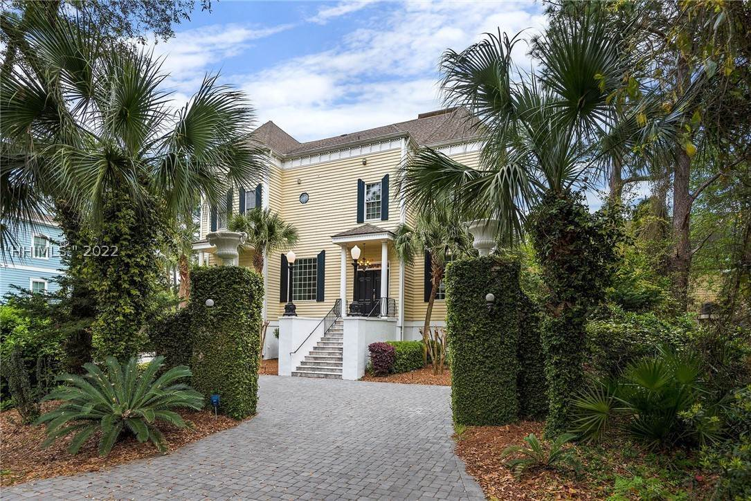 Single Family Homes for Sale at 19 Burkes Beach Road Hilton Head Island, South Carolina 29928 United States