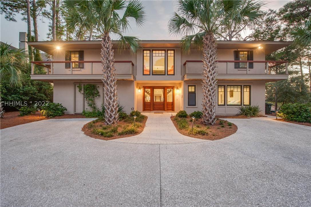 Single Family Homes for Sale at 6 Brown Pelican Road Hilton Head Island, South Carolina 29928 United States