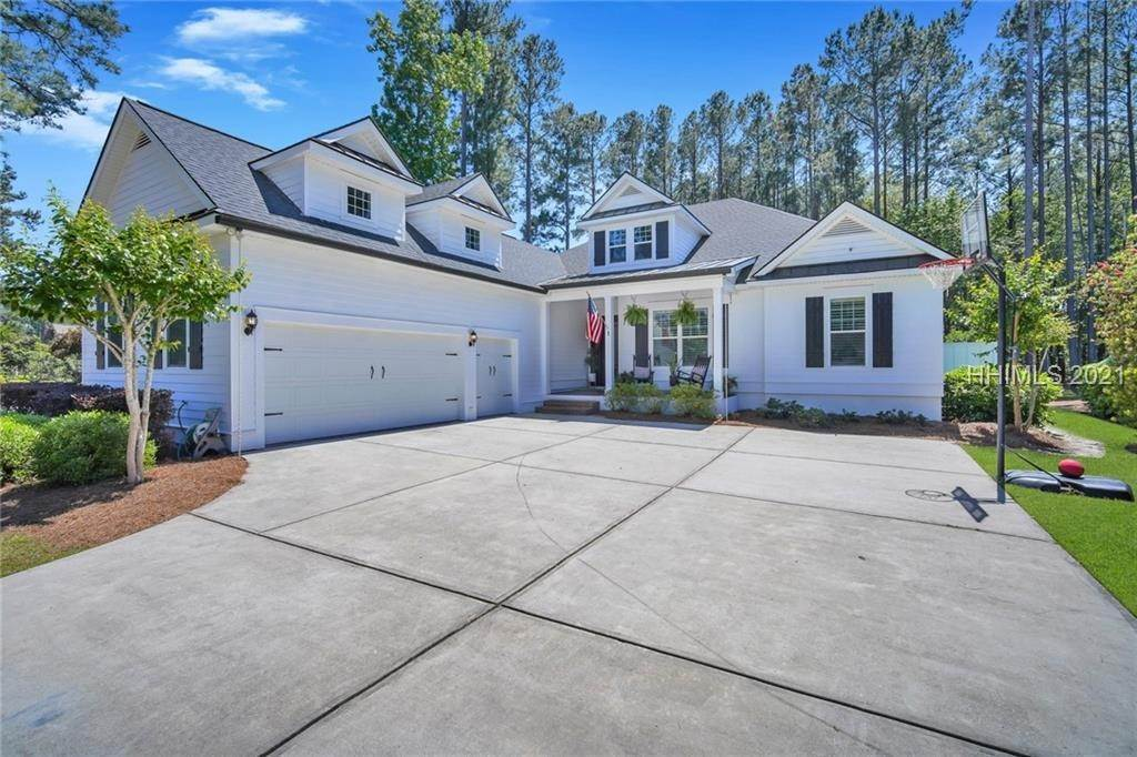 Single Family Homes for Sale at 1 Wicklow Circle Bluffton, South Carolina 29910 United States