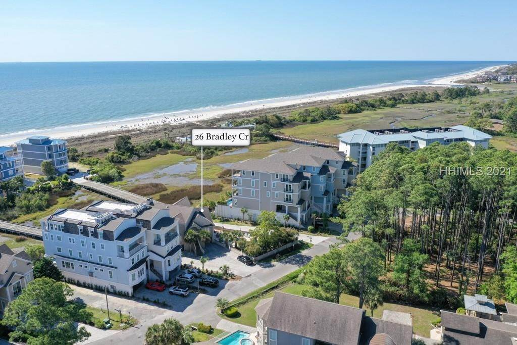 43. Single Family Homes por un Venta en 26 Bradley Circle Hilton Head Island, Carolina del Sur 29928 Estados Unidos