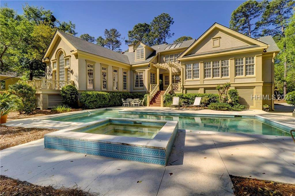 Single Family Homes for Sale at 120 Long Cove Drive Hilton Head Island, South Carolina 29928 United States