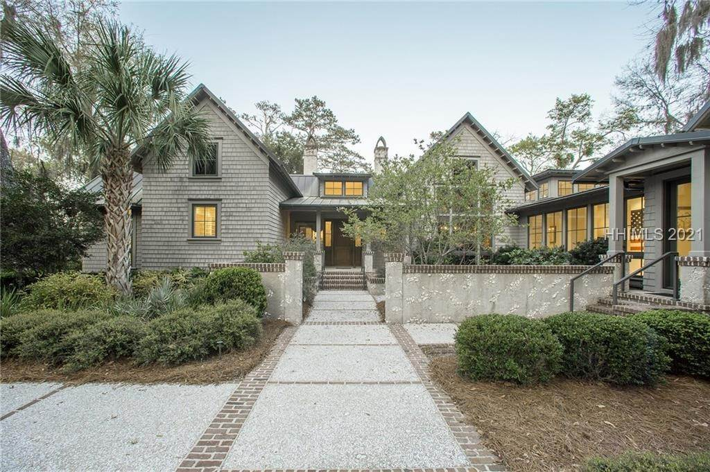 Single Family Homes for Sale at 127 Mount Pelia Road Bluffton, South Carolina 29910 United States