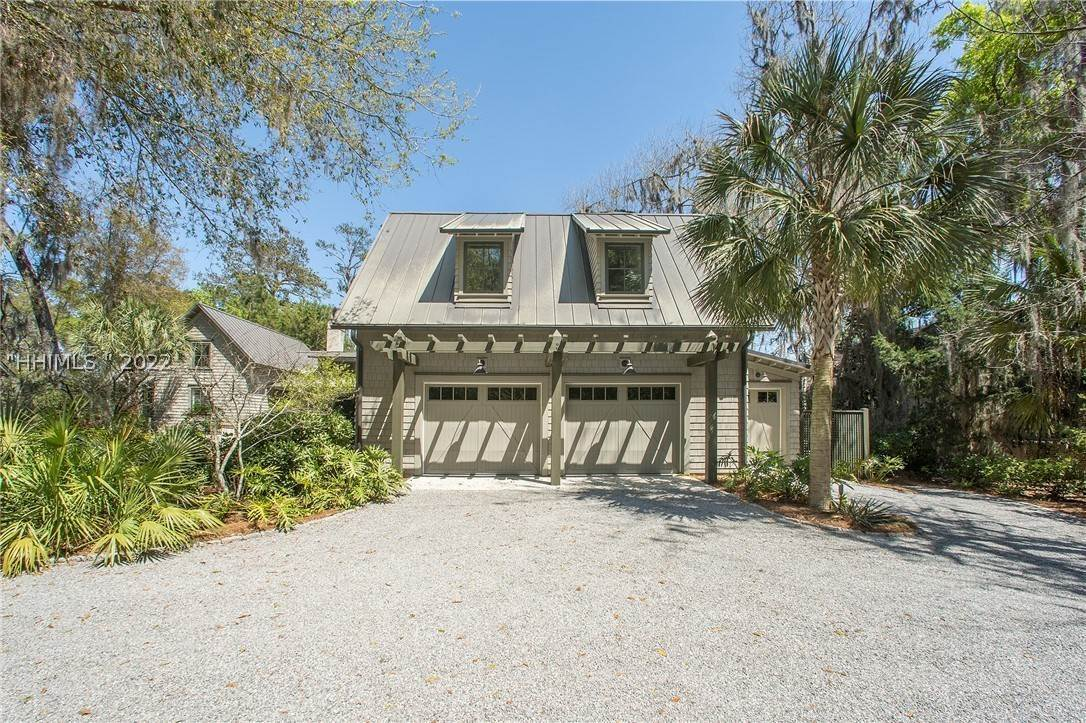 47. Single Family Homes for Sale at 127 Mount Pelia Road Bluffton, South Carolina 29910 United States