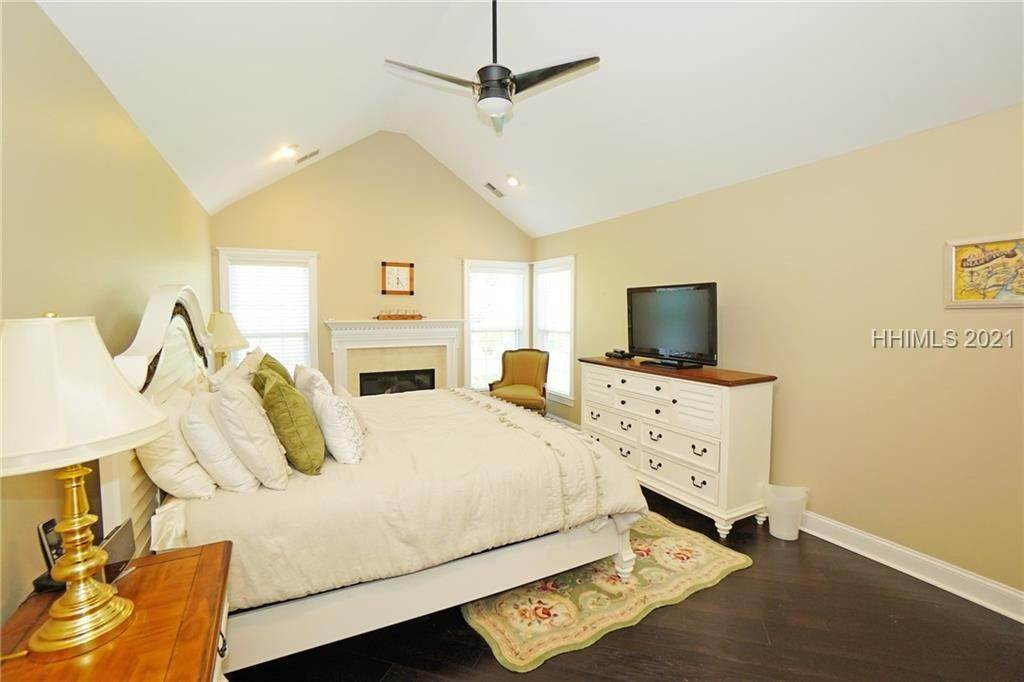 24. townhouses for Sale at 50 Sedgewick Avenue Bluffton, South Carolina 29910 United States