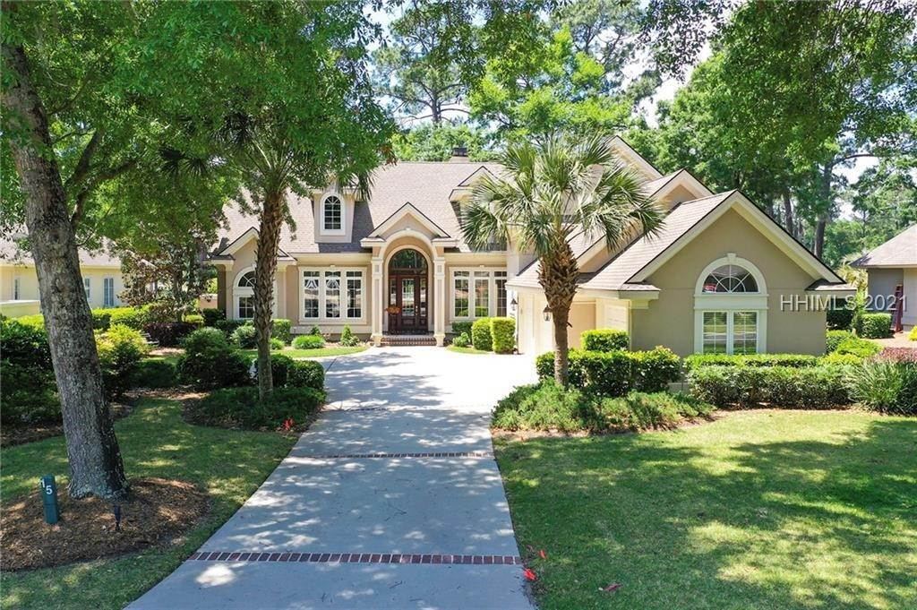 Single Family Homes for Sale at 15 Heather Lane Hilton Head Island, South Carolina 29926 United States