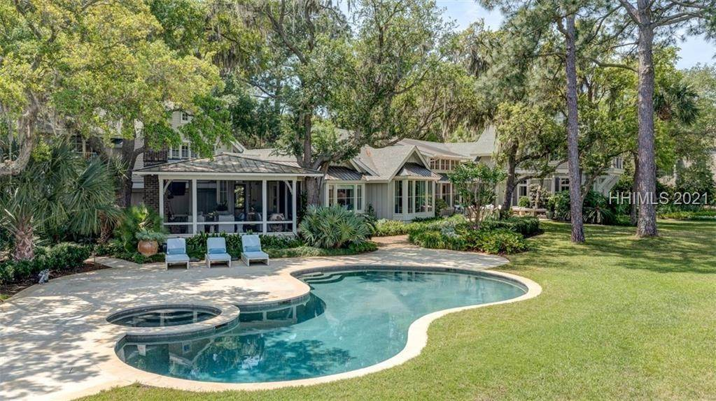 Single Family Homes for Sale at 71 N Calibogue Cay Road Hilton Head Island, South Carolina 29928 United States
