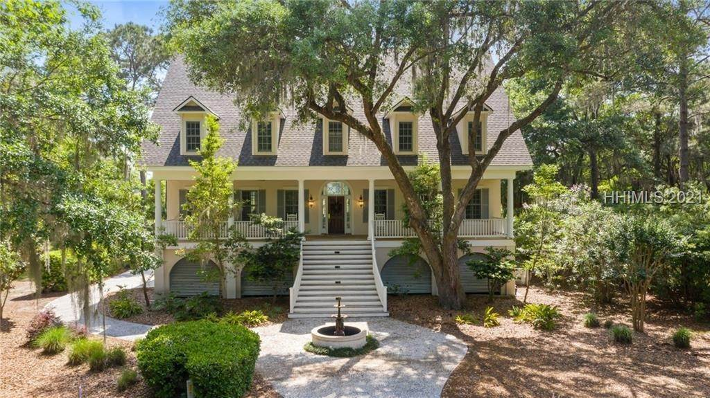 Single Family Homes for Sale at 10 Lake Ridge Court Daufuskie Island, South Carolina 29915 United States