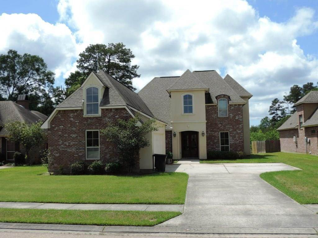 Residential for Sale at 8130 RUSTIC ROSE Drive Baton Rouge, Louisiana 70818 United States