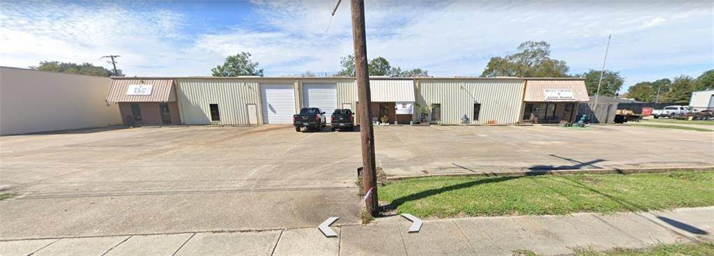 Commercial for Sale at 9290-94-98 HWY 23 Belle Chasse, Louisiana 70037 United States