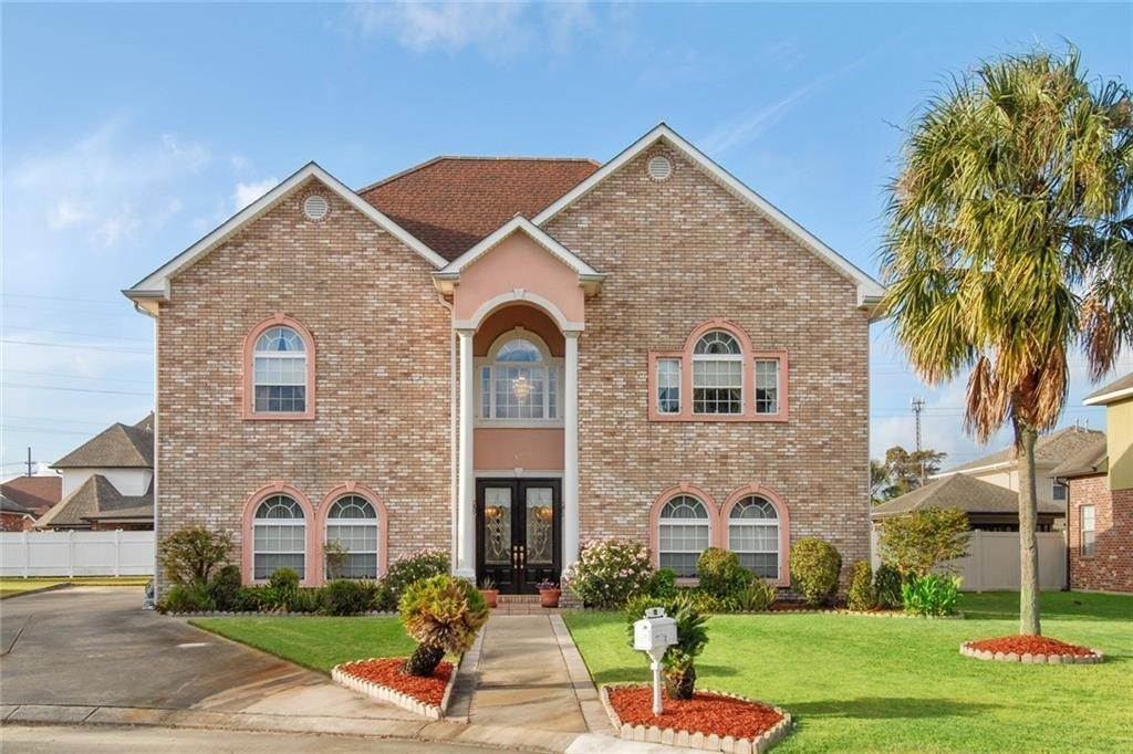 Residential for Sale at 13 WEDGWOOD Court Harvey, Louisiana 70058 United States