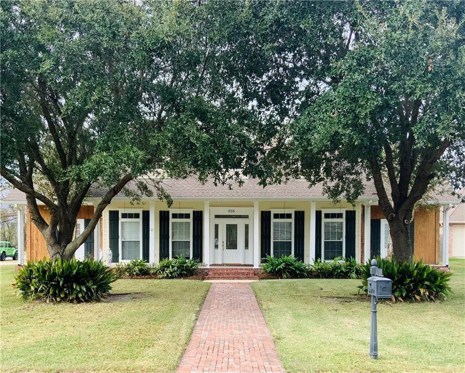 Residential for Sale at 616 S FASHION Boulevard Hahnville, Louisiana 70057 United States