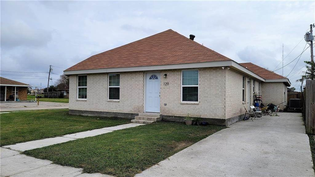 Residential Income for Sale at 129 W PHILLIP Court Chalmette, Louisiana 70043 United States