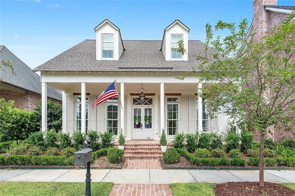 Residential for Sale at 7725 SETTLERS Circle Baton Rouge, Louisiana 70801 United States