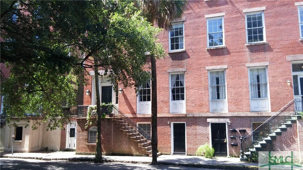 Residential Income for Sale at 203 E York Street 203 E York Street Savannah, Georgia 31401 United States
