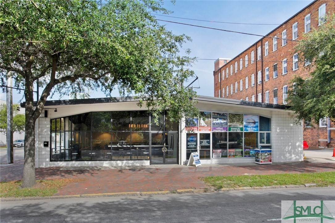 Commercial for Sale at 223 Martin Luther King Jr Boulevard Savannah, Georgia 31401 United States