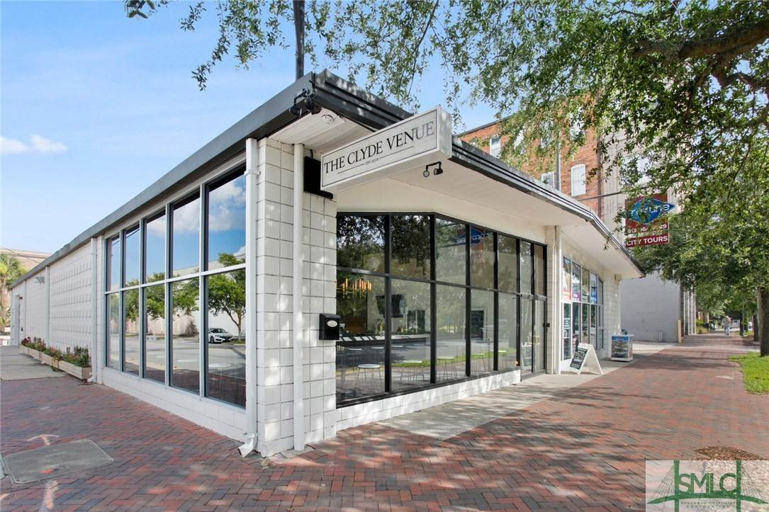 2. Commercial for Sale at 223 Martin Luther King Jr Boulevard Savannah, Georgia 31401 United States