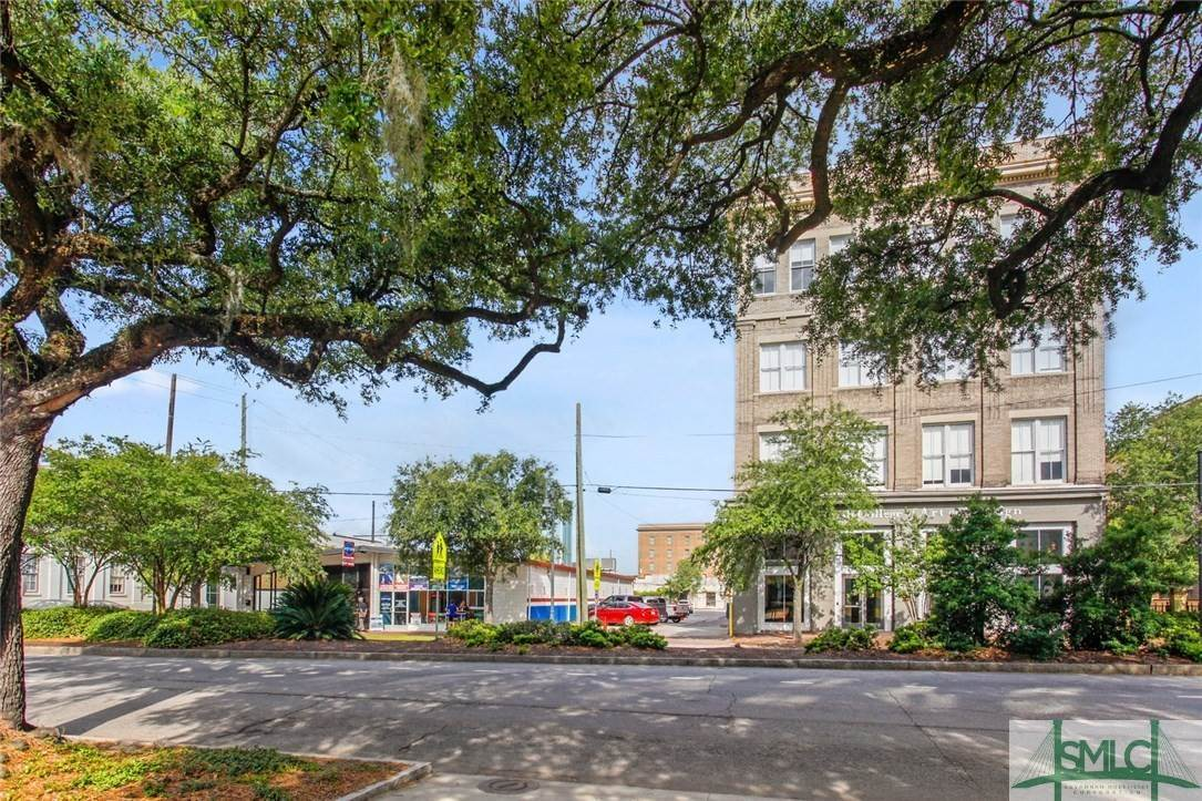 26. Commercial for Sale at 223 Martin Luther King Jr Boulevard Savannah, Georgia 31401 United States