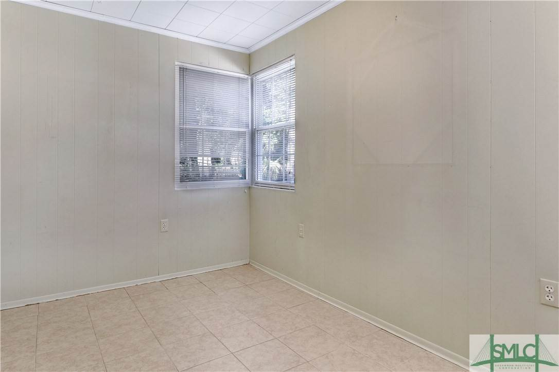12. Residential for Sale at 103 Holcomb Street 103 Holcomb Street Savannah, Georgia 31406 United States