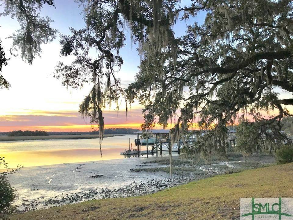 28. Residential for Sale at 103 Holcomb Street 103 Holcomb Street Savannah, Georgia 31406 United States