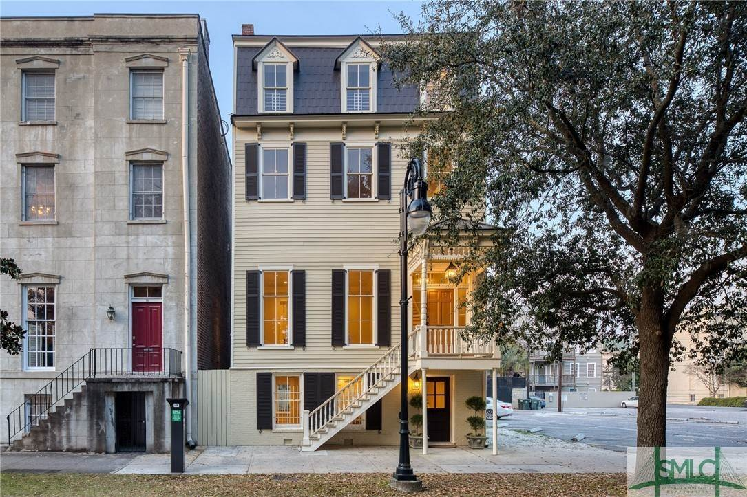 2. Residential for Sale at 114 W Liberty Street 114 W Liberty Street Savannah, Georgia 31401 United States