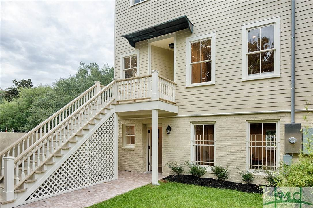39. Residential for Sale at 114 W Liberty Street 114 W Liberty Street Savannah, Georgia 31401 United States