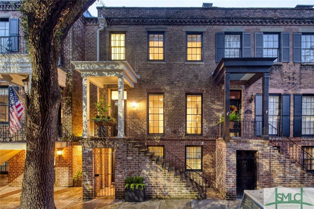 Residential for Sale at 220 E Taylor Street Savannah, Georgia 31401 United States