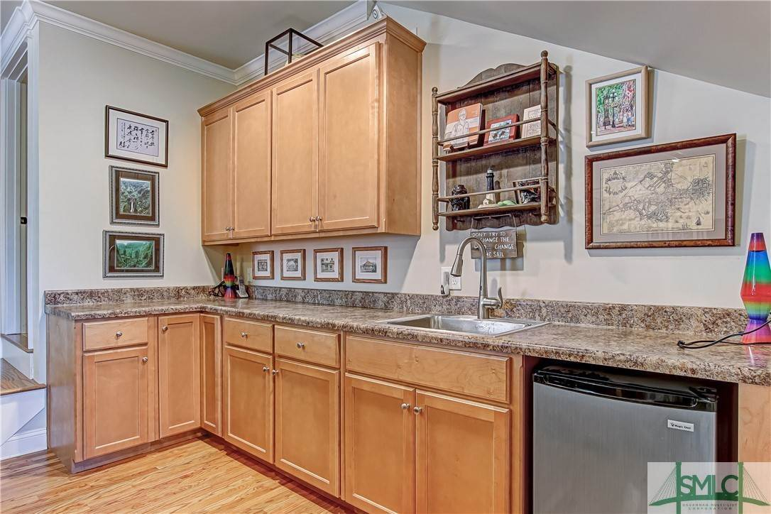 32. Residential for Sale at 37 Ralstons Way 37 Ralstons Way Savannah, Georgia 31406 United States