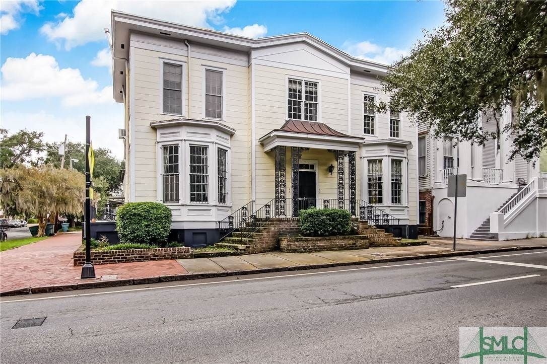 Residential Income for Sale at 804 Drayton Street 804 Drayton Street Savannah, Georgia 31401 United States