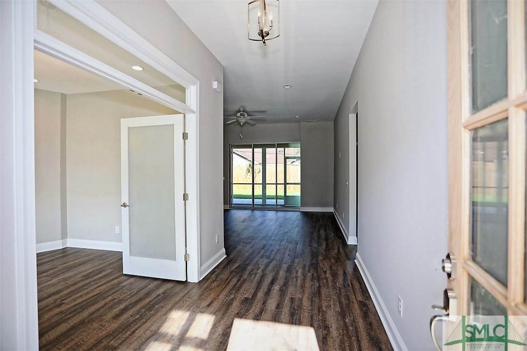 24. Residential for Sale at 213 Debra Road 213 Debra Road Savannah, Georgia 31410 United States