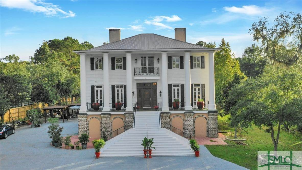 Residential for Sale at 45 Shore Road Savannah, Georgia 31419 United States