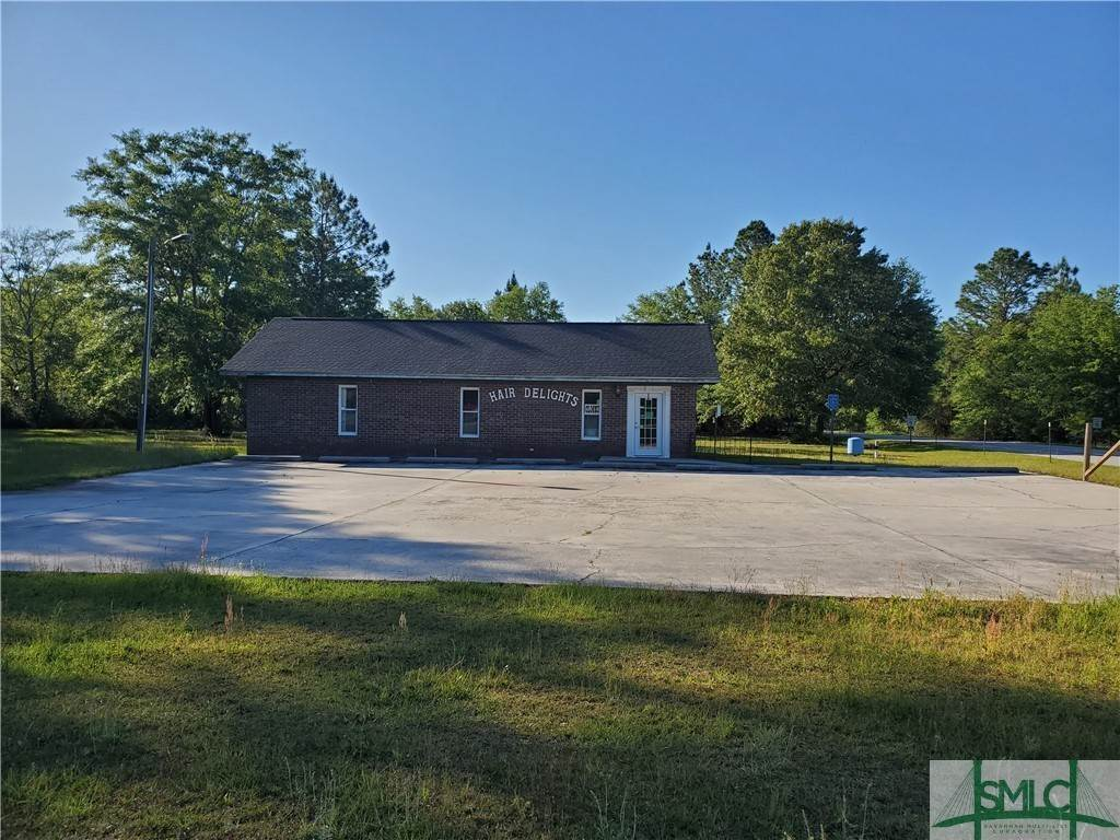 Commercial for Sale at 10723 280 Highway Ellabell, Georgia 31308 United States