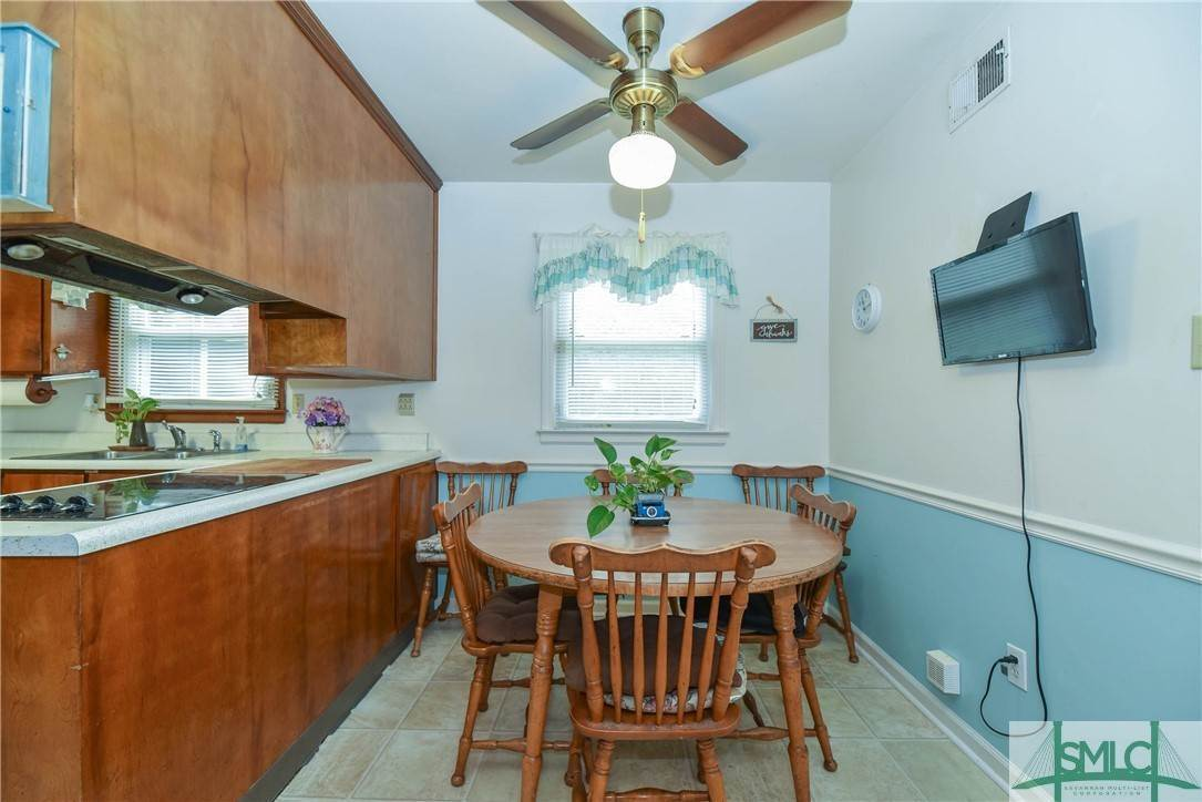 12. Residential for Sale at 1 Fallowfield Drive 1 Fallowfield Drive Savannah, Georgia 31406 United States