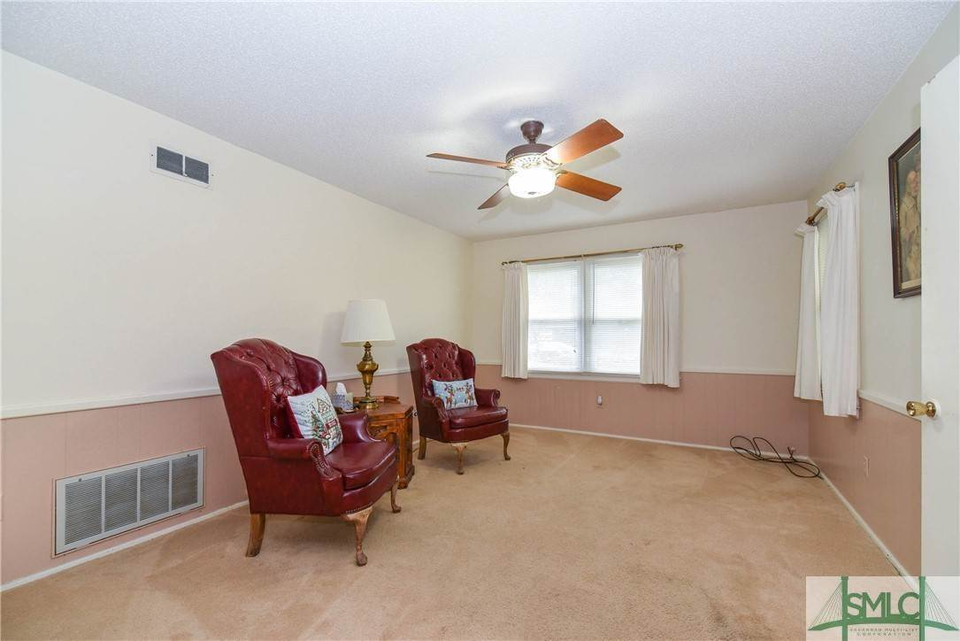 17. Residential for Sale at 1 Fallowfield Drive 1 Fallowfield Drive Savannah, Georgia 31406 United States