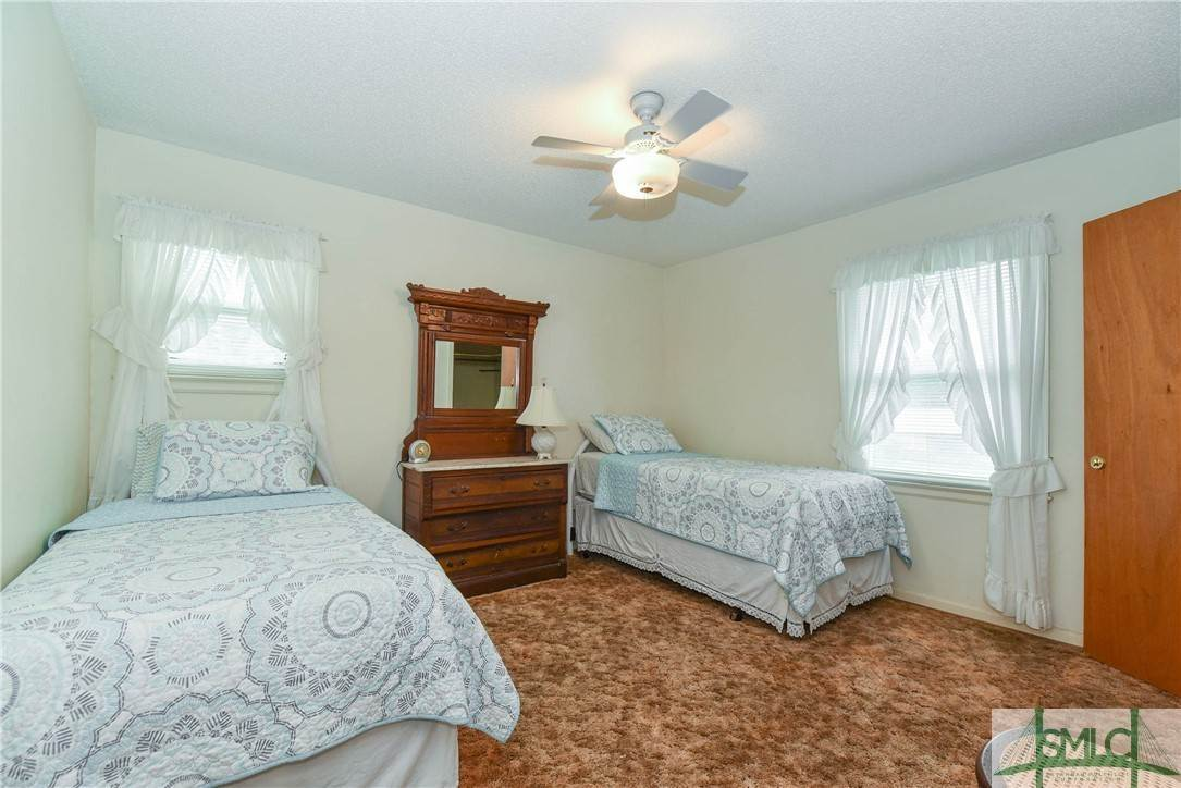 24. Residential for Sale at 1 Fallowfield Drive 1 Fallowfield Drive Savannah, Georgia 31406 United States