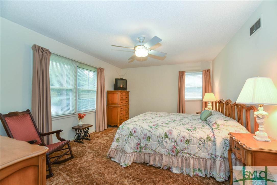 28. Residential for Sale at 1 Fallowfield Drive 1 Fallowfield Drive Savannah, Georgia 31406 United States