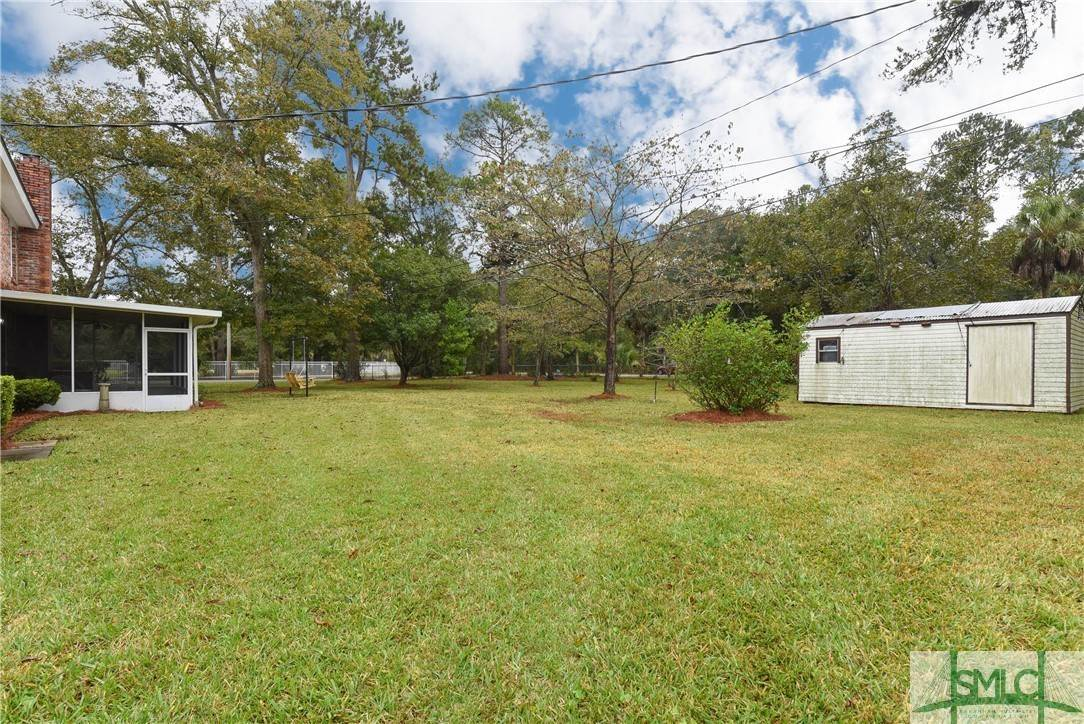 38. Residential for Sale at 1 Fallowfield Drive 1 Fallowfield Drive Savannah, Georgia 31406 United States