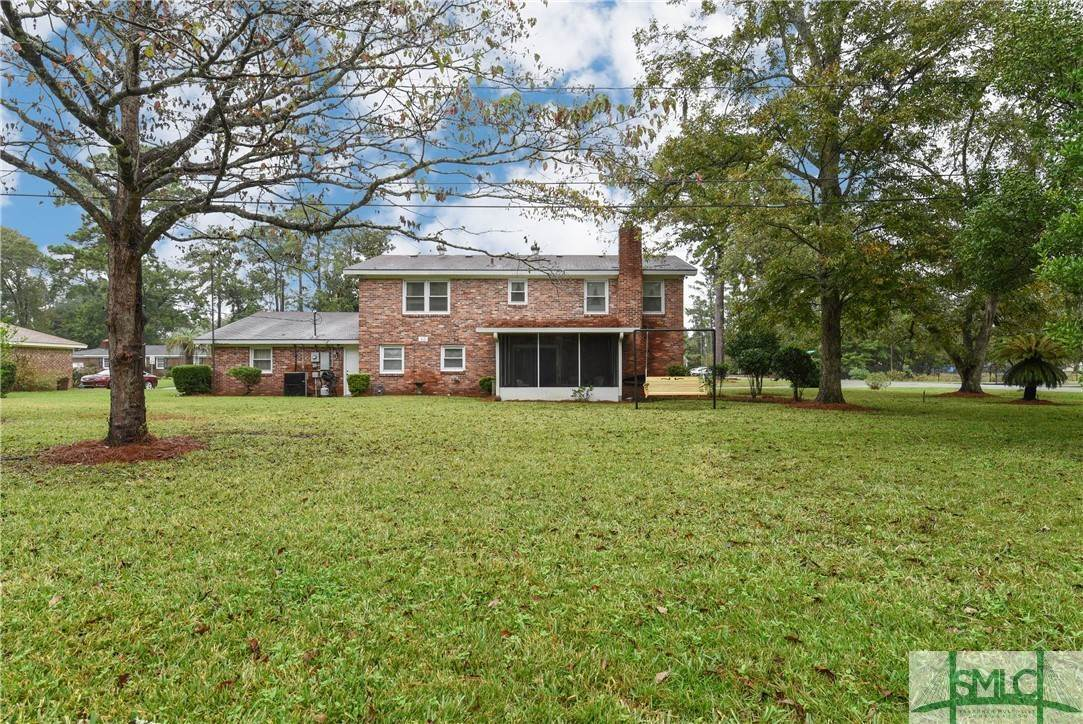 40. Residential for Sale at 1 Fallowfield Drive 1 Fallowfield Drive Savannah, Georgia 31406 United States