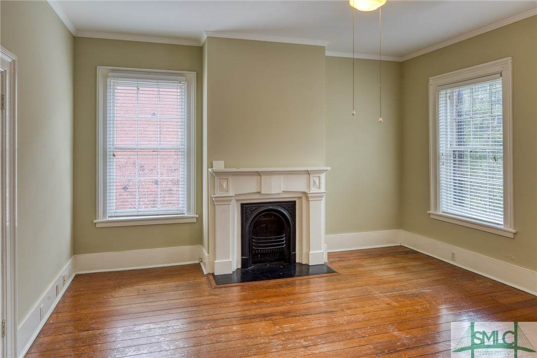 22. Residential for Sale at 101 E Jones Street Savannah, Georgia 31401 United States