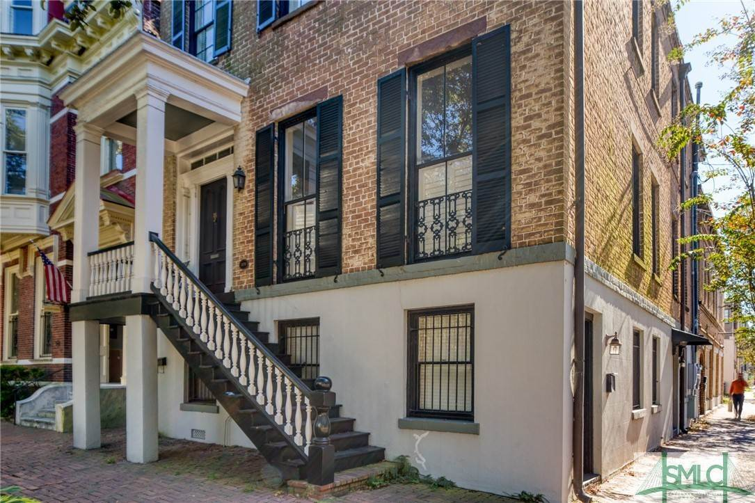 5. Residential for Sale at 101 E Jones Street Savannah, Georgia 31401 United States