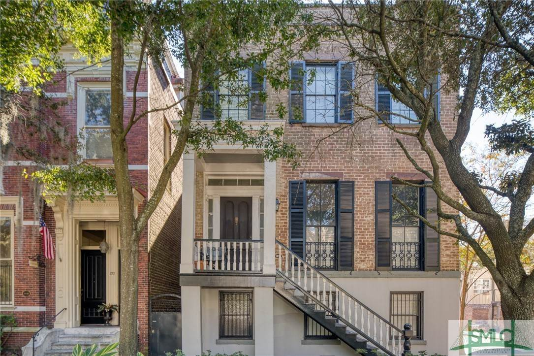 6. Residential for Sale at 101 E Jones Street Savannah, Georgia 31401 United States