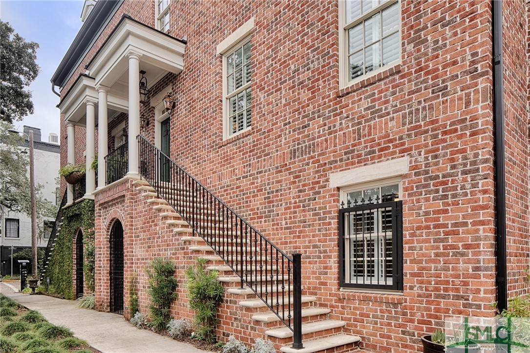 Residential for Sale at 230 Houston Street Savannah, Georgia 31401 United States