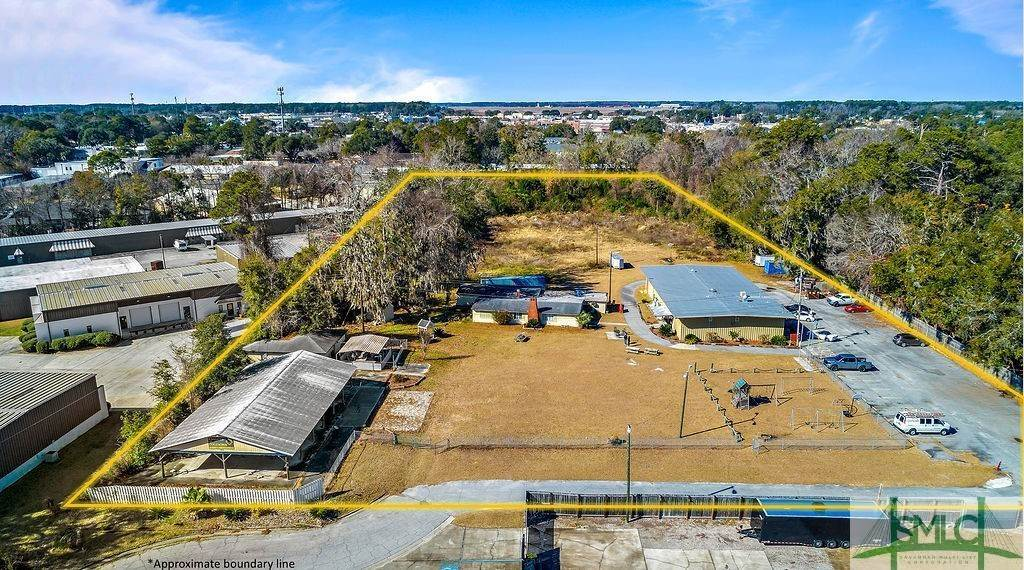 4. Commercial for Sale at 700 Christopher Drive 700 Christopher Drive Savannah, Georgia 31406 United States