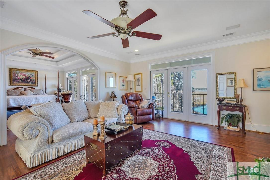 27. Residential for Sale at 9651 Whitefield Avenue 9651 Whitefield Avenue Savannah, Georgia 31406 United States