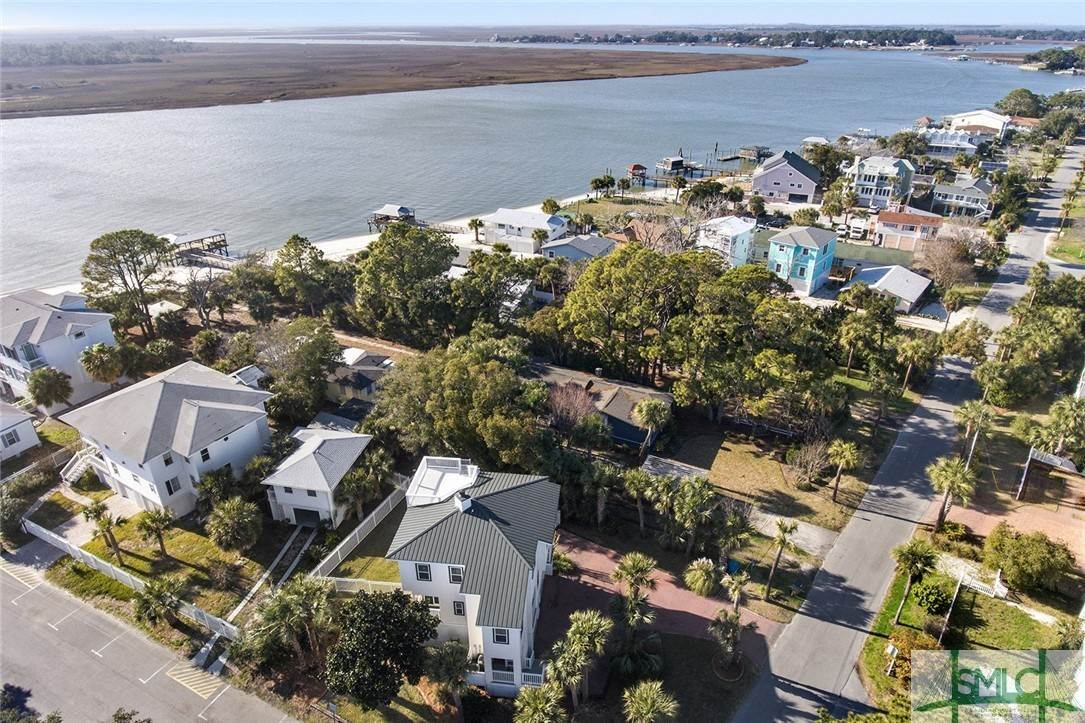 17. Residential for Sale at 1615 Chatham Avenue Avenue 1615 Chatham Avenue Avenue Tybee Island, Georgia 31328 United States