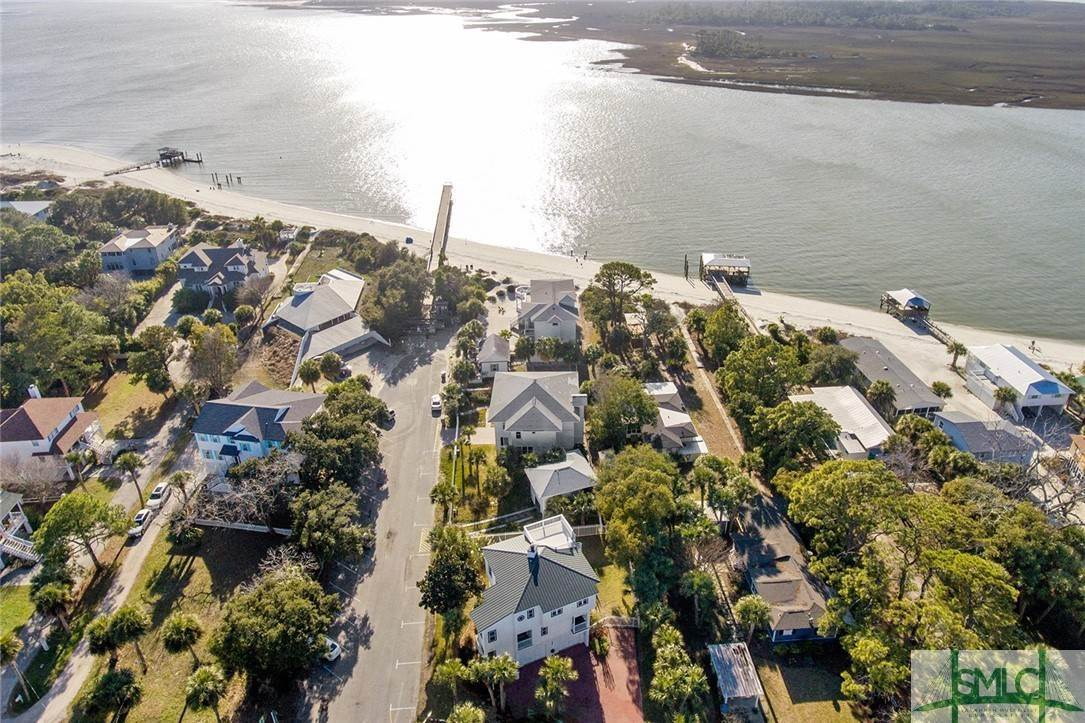 19. Residential for Sale at 1615 Chatham Avenue Avenue 1615 Chatham Avenue Avenue Tybee Island, Georgia 31328 United States