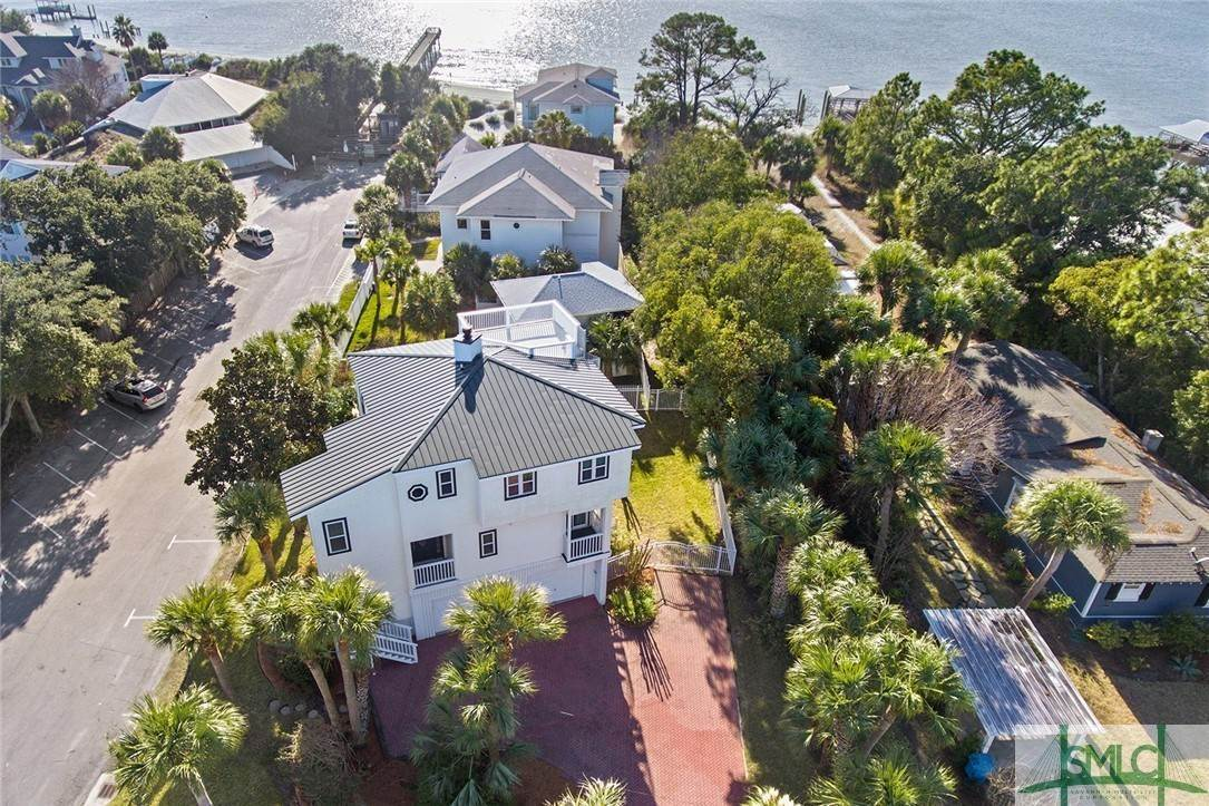 20. Residential for Sale at 1615 Chatham Avenue Avenue 1615 Chatham Avenue Avenue Tybee Island, Georgia 31328 United States