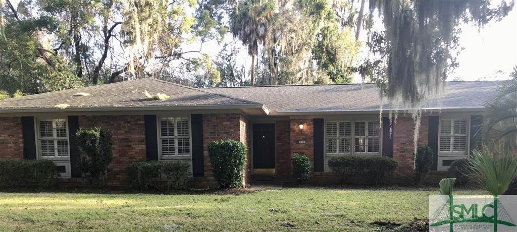 Residential for Sale at 117 E Pines Road Savannah, Georgia 31410 United States