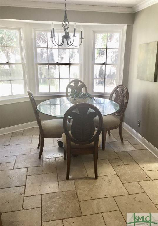 14. Residential for Sale at 117 E Pines Road Savannah, Georgia 31410 United States