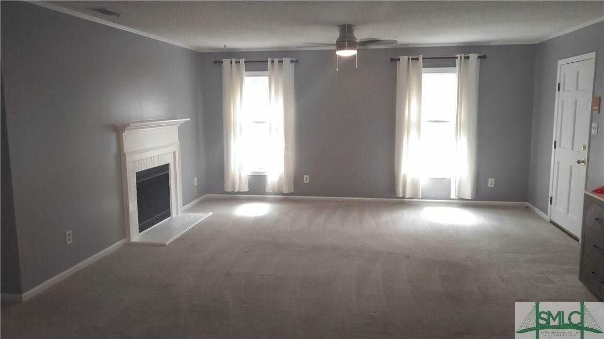 8. Residential for Sale at 3 Cromwell Place 3 Cromwell Place Savannah, Georgia 31410 United States